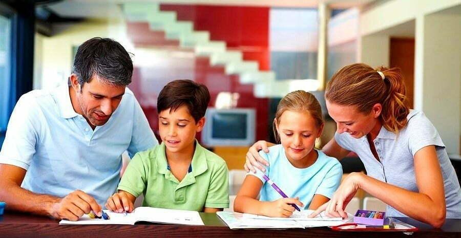 Home-Schooling-Padres-con-hijos-Educación