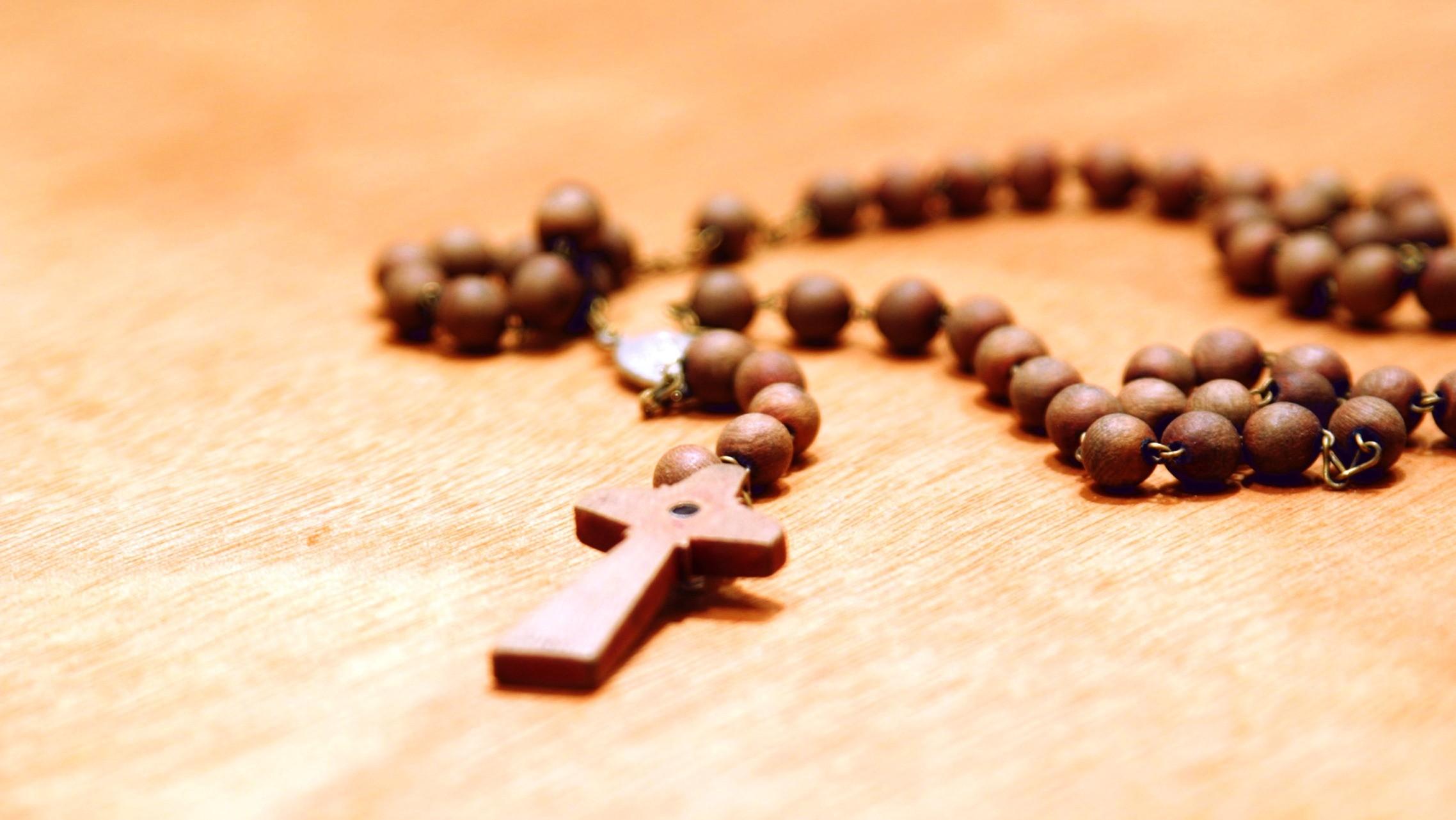 Santo-Rosario-el-arma-contra-el-enemigo